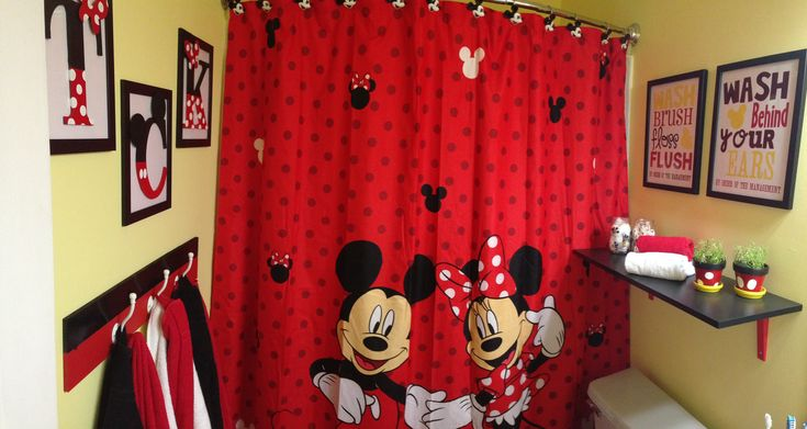 Mickey mouse bathroom mickey minnie decor pinterest for Mickey mouse bathroom ideas