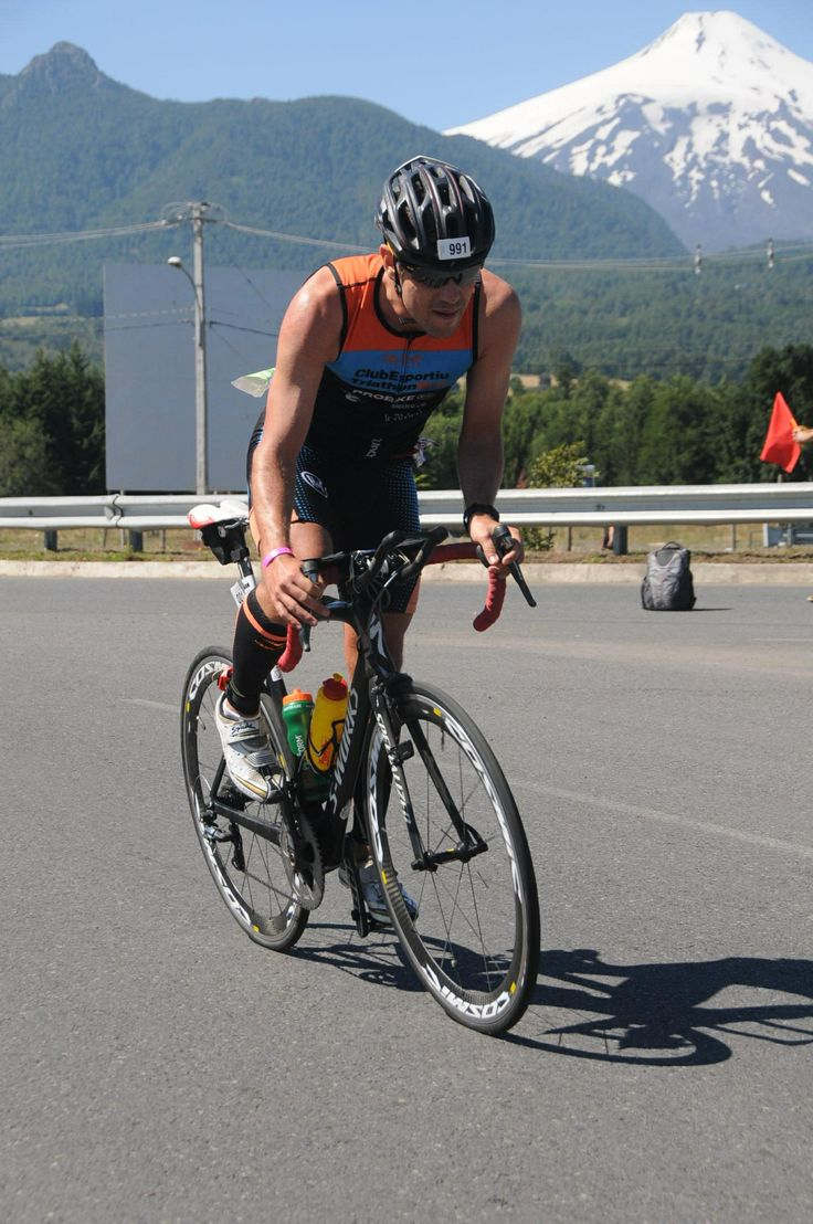 Albert Juncosa (Spain) - Triathlete Pucon Iron Man - Chile  Sportlast by Medilast NRG Triathlon Calfguard