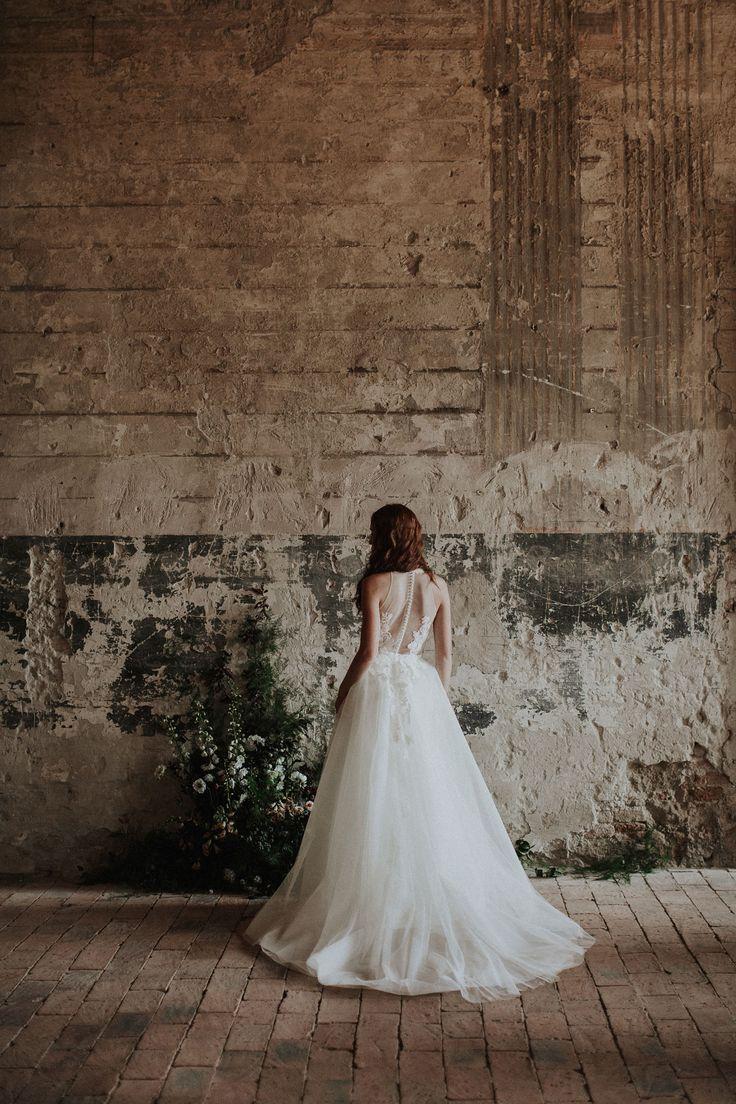 The Destiny / Nora Sarman Bridal / photo Pinewood Weddings