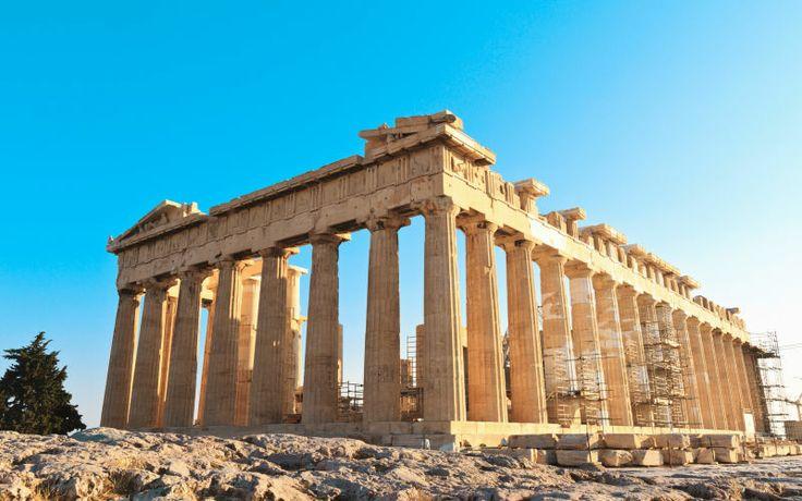 Her ser du smukke Akropolis i Athen rammet ind af en dejlig blå himmel. Se mere på www.apollorejser.dk/rejser/europa/graekenland