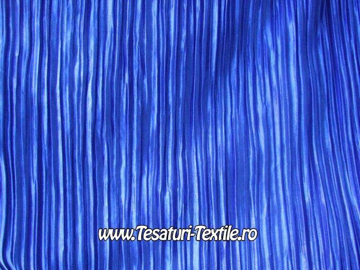 saten plisat albastru regal