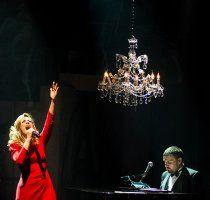 """Νατάσσα Μποφίλιου, Θέμης Καραμουρατίδης & Γεράσιμος Ευαγγελάτος παρουσιάζουν τη """"Βαβέλ"""" @ Βοτανικός Live Stage - Ev Art"""