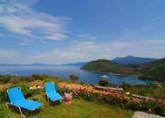 http://www.zoover.nl/griekenland/samos/kerveli/petra-mare-village/vakantiehuis/informatie