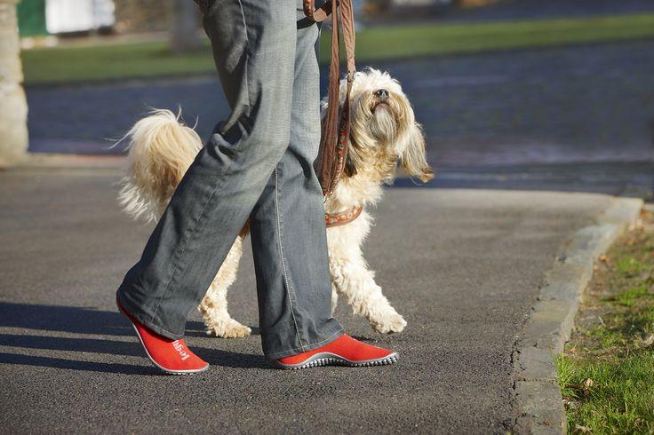 Leguano 'Barefoot' schoenen om lekker de hond mee uit te laten