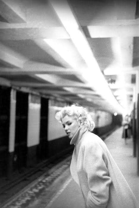 marilyn monroe in a new york city subway