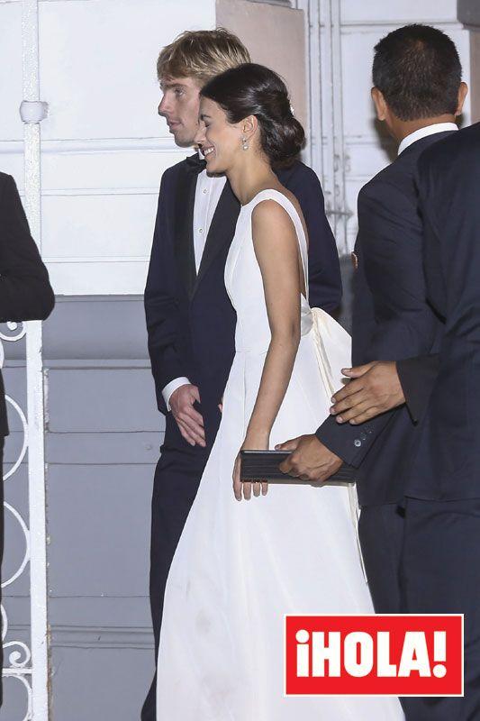 e1a5772e580d Una gran fiesta de largo pone el broche de oro a la boda de ...