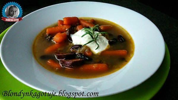 Wiejska Zupa z Czarną Fasolą
