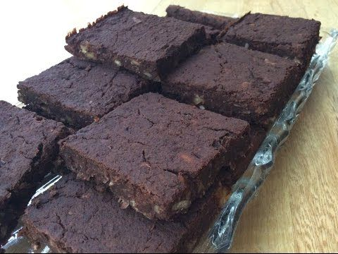 SUGAR FREE & FLOUR FREE BROWNIE STYLE CAKE RECIPE - YouTube