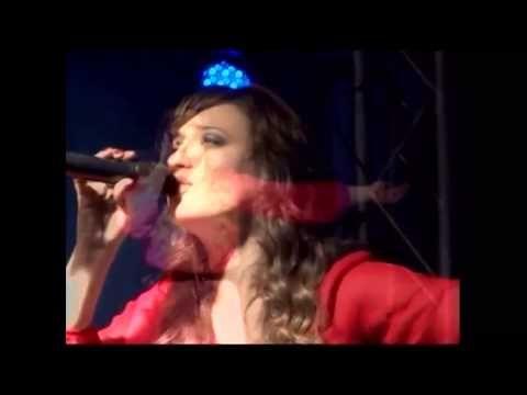 Christine D'Clario concierto con el espíritu santo parte 4 - YouTube