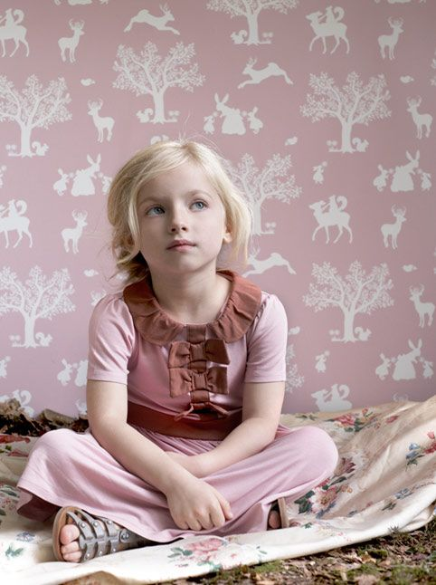Hibou Home children's wallpaper, ships worldwide. Have I mentioned that I LOVE good wallpaper?