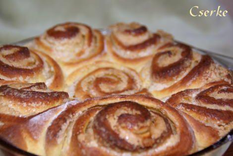 Torta di Rose e ricotta, vagyis Rózsatorta 2., az édes - Vágott Vegyes