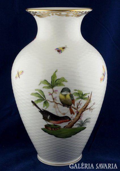 Gyönyörű, a pereménél aranyozott Rotschild mintás váza. Hibátlan. Az alján jelzés, Herend mélynyomat és 6362; RO-DO formaszám.Magasság: 23cm