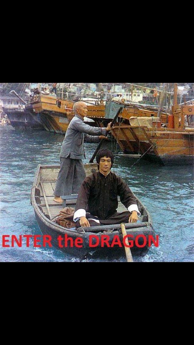 lees dragon hours