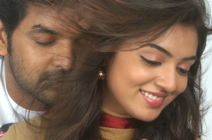 #ThirumanamEnumNikkah releses big -   Thirumanam Enum Nikkah starring Jai and Nazriya hit the screens today. Produced by Aascar V Ravichandran, it is releasing in over 300 screens today...  Read More: http://www.kalakkalcinema.com/tamil_news_detail.php?id=7355&title=Thirumanam_Enum_Nikkah_releses_big