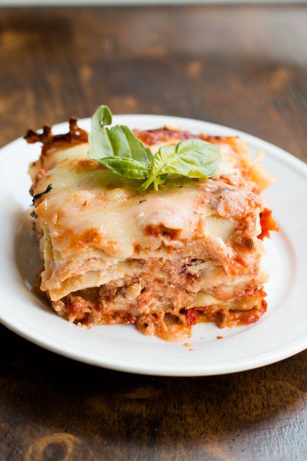 easy homemade lasagna ohsweetbasil.com