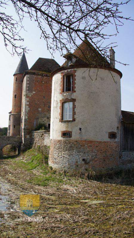 Fossé ou Douves de la ferme fortifiée