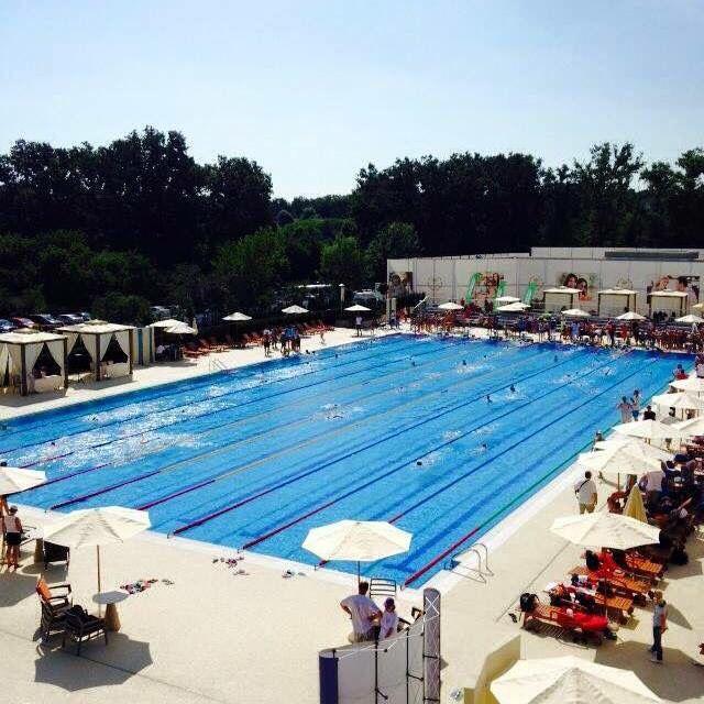 Olimpic size swimming pool by aquatec piscine aquatec for Club piscine catalogue