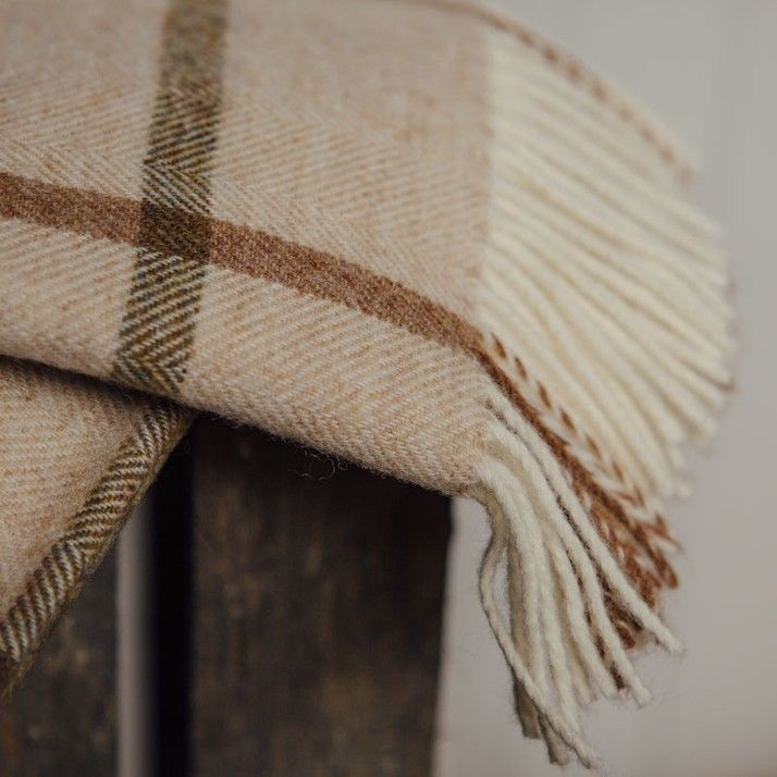 Natural Windowpane Throw - Pure New Wool save 40% | Hjem og hage | Grace & Glory Home