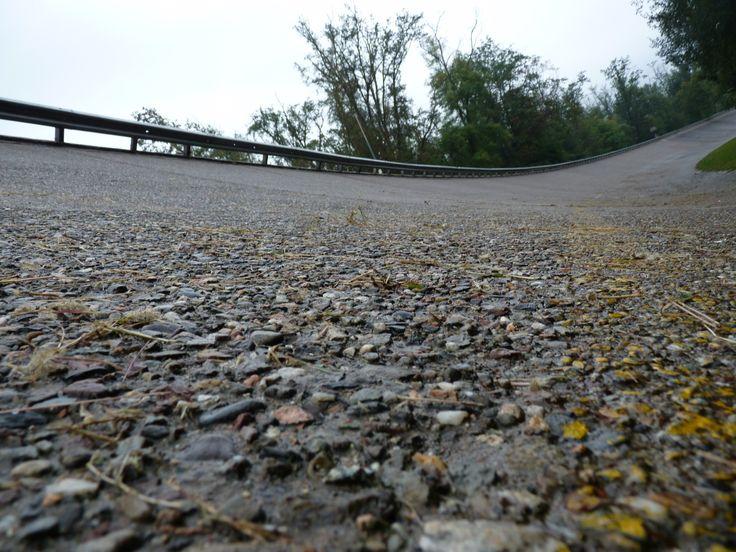 Vergessene Rennstrecken  #Brooklands #Buchreview #Geschenke für Männer #Monza #Motorsport #Motorsportgeschenke #Nordschleife #North Wilkesboro #Nuerburgring #Rennstrecken #Südschleife #Tracks #Traditionskurse #Vergessene Rennstrecken