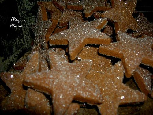 Cinnamon ornaments for Christmas that last for years. Made simply w/applesauce & cinnamon. Fills the house w/the wonderful scent! Perfect for the holidays!