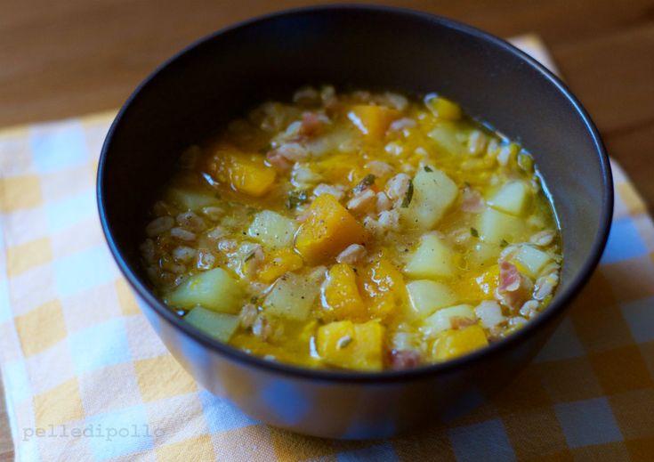 Minestra di zucca e farro con patate e speck