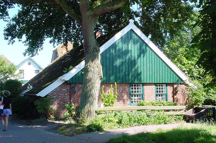 File:Alte Inselhaus.jpg