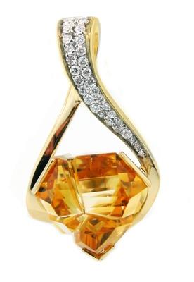 Mark designed this Citrine pendant for a customer in New York