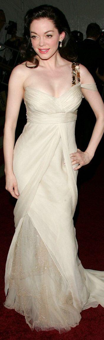 Rose McGowan red carpet dress