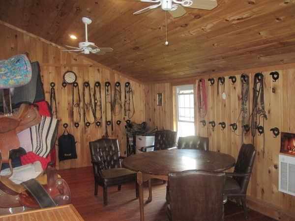 1000 Images About Beautiful Tack Room Ideas On Pinterest