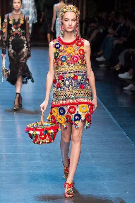Fashion Show Gucci in Arles Le Chteau des Alpilles 95