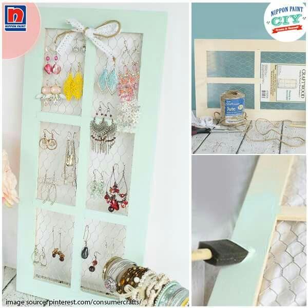 Bingkai jendela kayu bekas, masih bisa digunakan untuk hal lain seperti CIY berikut. Terkesan vintage dan unik bukan? Sahabat Nippon Paint tertarik? Klikhttp://bit.ly/inspirations-create-it-yourself  #CIY#ImajinasiTanpaKompromi