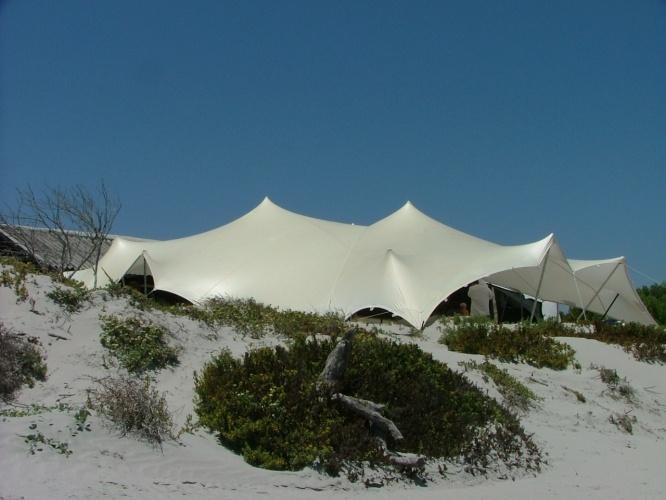 Nomadik Stretch Tents: Beach Sand