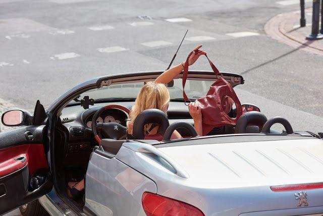 """Blondynka online: Torebki od """"LadyBag"""", czyli idealny dodatek dla każdej kobiety cabrio Peugeot 206cc"""