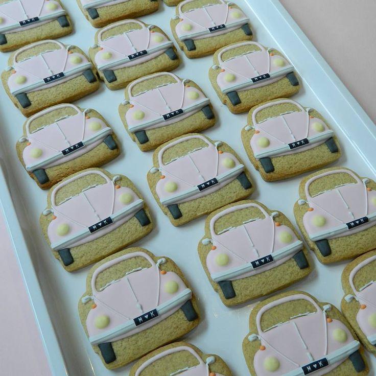 CampervanCookies: pink VW cookies