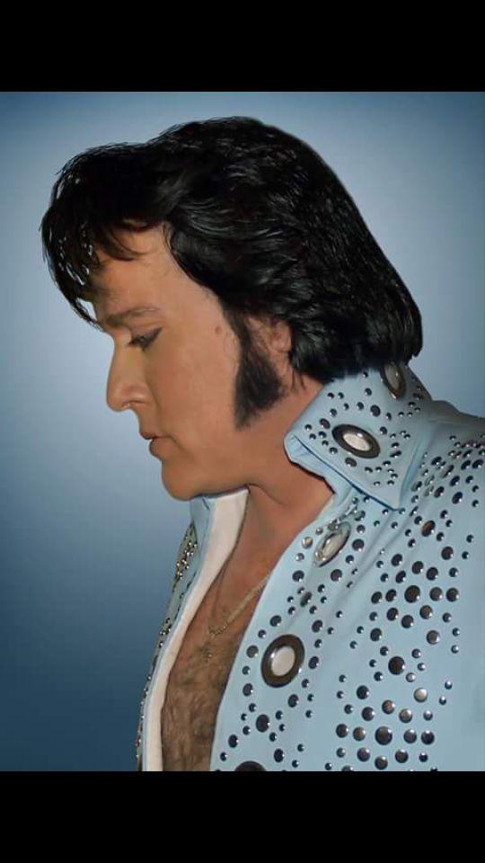 Elvis Impersonator in Phoenix, Arizona