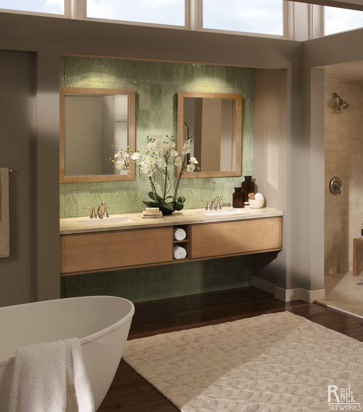 Avalon - Master Bath - Bath Tub
