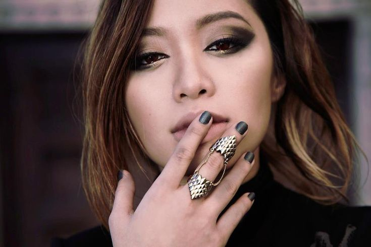 Michelle Phan..Her EYES<3  And her eye makeup blew me away <3  <3 <3
