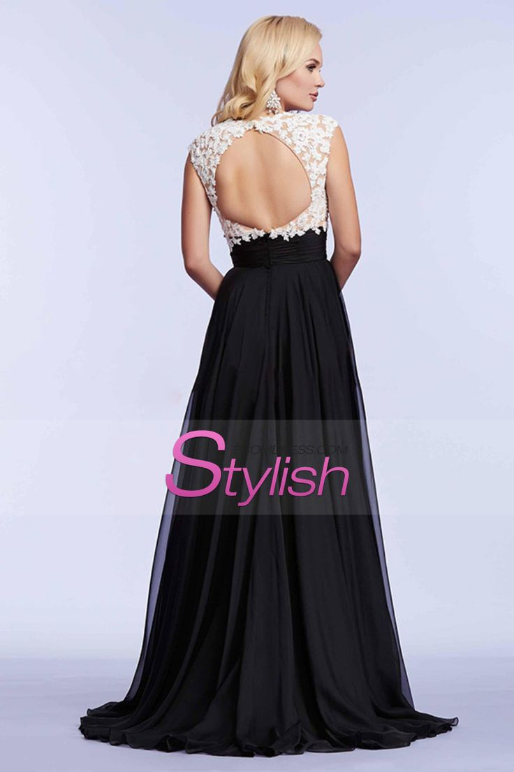 2015 Exceptional Two-Tone V-Neck Prom Dresses A-Line With Ruffles And Applique