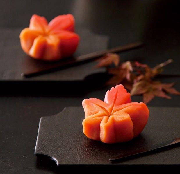 "<Suzukake> autumn leaves - a ""bean jam"" confectionary #orange #maple #leaves"