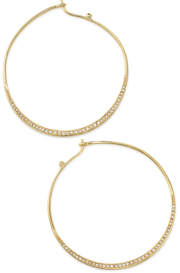 These great earrings come in Gold and Black! They are also reversible-Day to Night!  www.stelladot.com/molliemcmillanGold Hoop, Hoop Gold, Hoop Earrings, Basic Hoop, Stella Dots, Gold 44, Gold Classy, Gold 49, Heiress Hoop