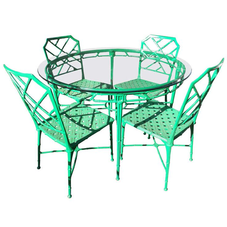 1stdibs | Kelly Green Faux Bamboo Outdoor Dining Suite