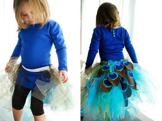 peacock-costume-kind diy-tulle tutu-peacock-feather-felt-sew-idea-carnival costume