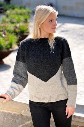 Gratis strikkeopskrifter: Kroppen på den flotte, lune sweater er strikket oppefra og ned – så du kan bestemme længden efterhånden