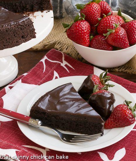Flourless+Double+Chocolate+Cake+#SkinnyTip