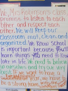 Teacher blog- has great ideas for first day of school and ways to keep organized!