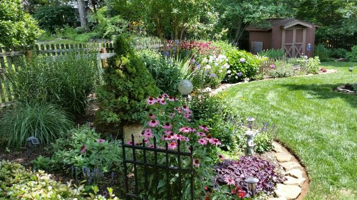 These fans turned their yards into breathtaking sanctuaries. Check it out