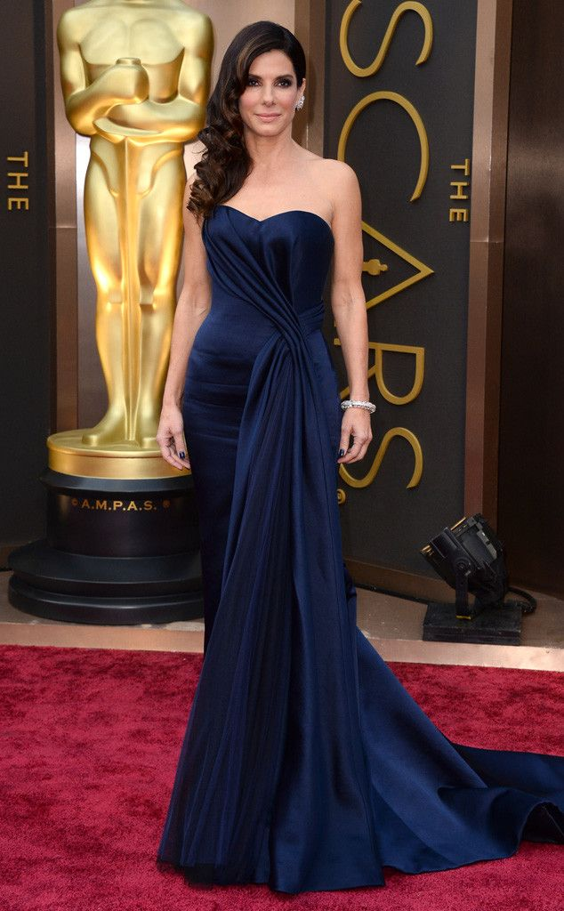 Sandra Bullock rocks the Oscars red carpet in Alexander McQueen. Beautiful! 2014 Oscars