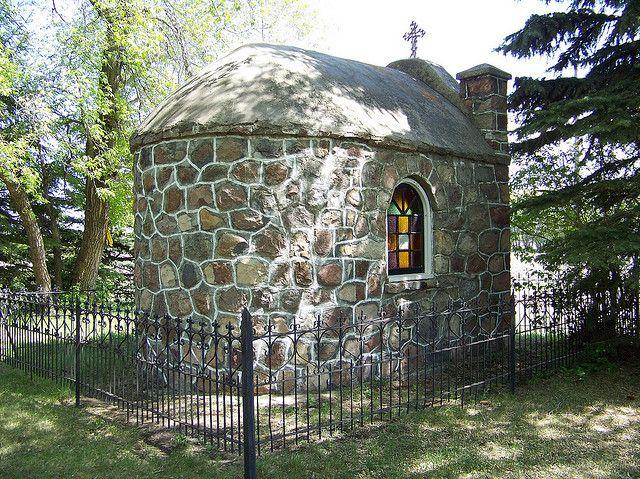 AB09f026 Siracky Chapel, near Mundare, Alberta 2009 | Flickr - Photo Sharing!