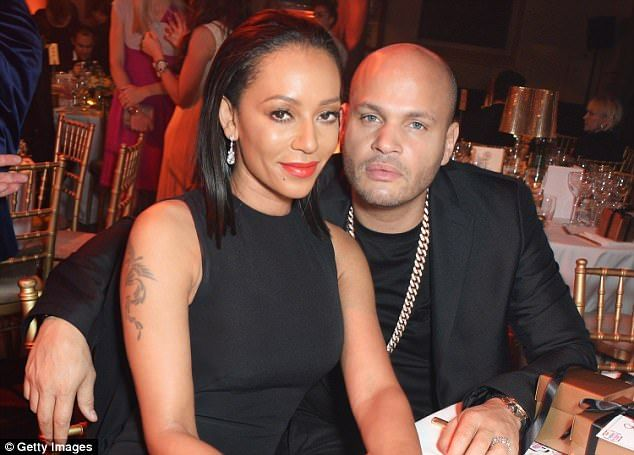 Black #Cosmopolitan Mel B 'ordered to pay estranged husband Stephen $40,000   #Alimony, #EnglishSingers, #Family, #HarryBelafonte, #Mel, #MelB, #Music, #SPICEGIRLS       Mel B has been 'ordered to pay' estranged husband Stephen Belafonte a reported £30,529 ($40,000) a month, despite 'squandering' the bulk of her multi-million pound fortune during their 10-year marriage. A Los Angeles judge is understood to have granted film producer Belafonte's...   R