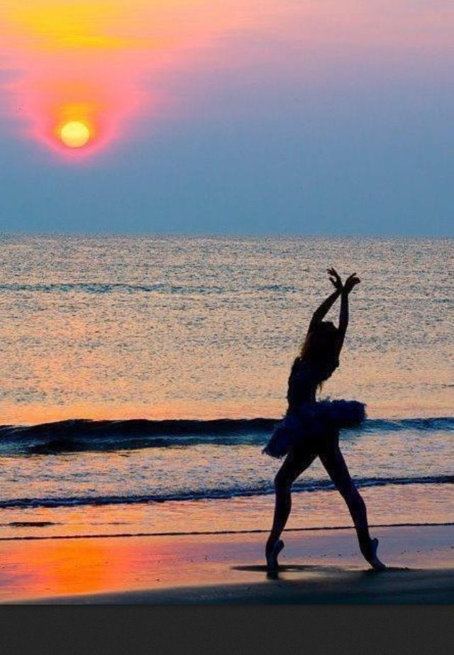 Beach Ballet. Basically my dream <3